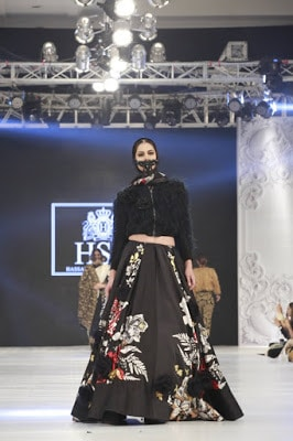 Hsy-kingdom-bridal-wear-dresses-collection-at-plbw-2016-5