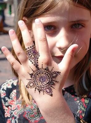 kids-simple-mehndi-designs-pattern-eid-collection-2016-17-8