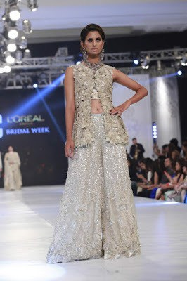 saira-shakira-designer-bridal-dresses-zohra-collection-at-pblw-2016-18