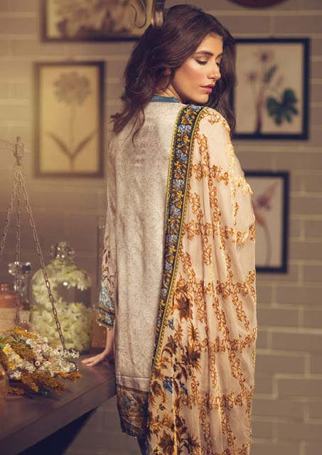 Alkaram-studio-winter-silk-velvet-dresses-collection-2016-17-13
