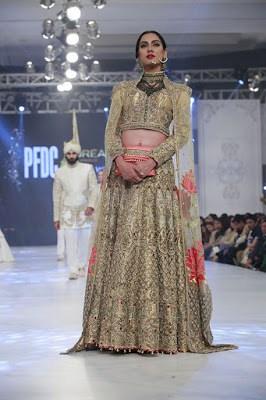 ali-xeeshan-bridal-wear-collection-at-pfdc-l-oreal-paris-bridal-week-2016-11