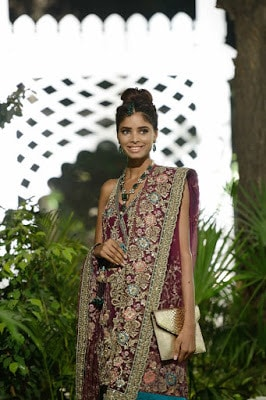 latest-pakistani-couture-bridal-dresses-collection-2016-by-elan-4