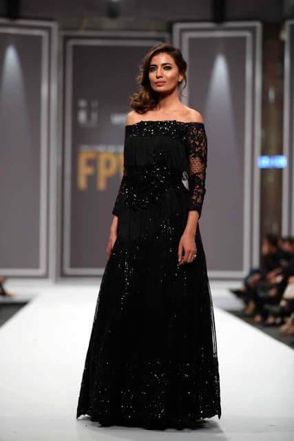sobia-nazir-pakistani-bridal-dresses-2016-collection-at-fpw-2016-12