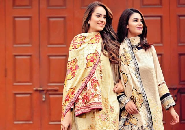 Alkaram-studio-winter-linen-dresses-collection-2016-17-for-girls-6