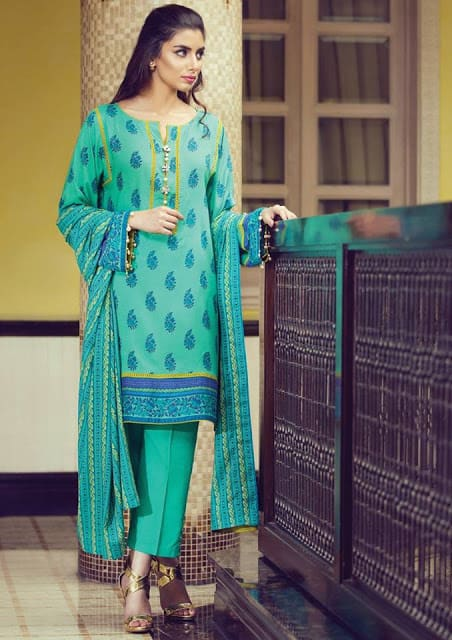 Alkaram-studio-winter-linen-dresses-collection-2016-17-for-girls-14