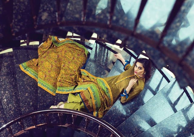Alkaram-studio-winter-linen-dresses-collection-2016-17-for-girls-15