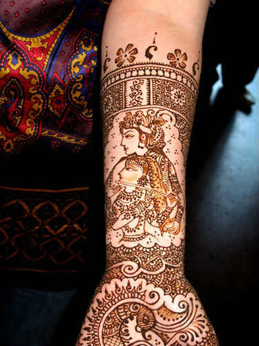 best-and-simple-Indian-bridal-mehndi-designs-for-hands-for-beginner-29