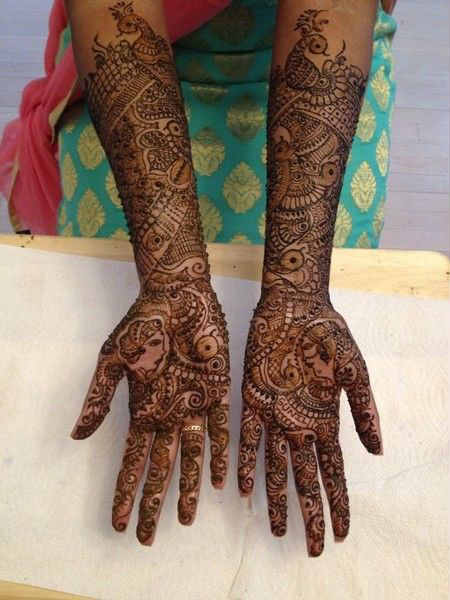 best-and-simple-Indian-bridal-mehndi-designs-for-hands-for-beginner-9