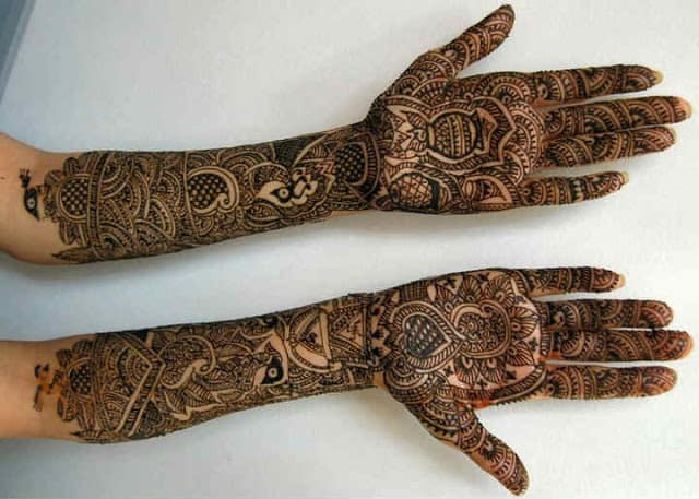 best-and-simple-Indian-bridal-mehndi-designs-for-hands-for-beginner