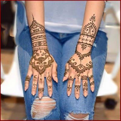 christmas-best-mehndi-designs-on-hands-for-girls-13