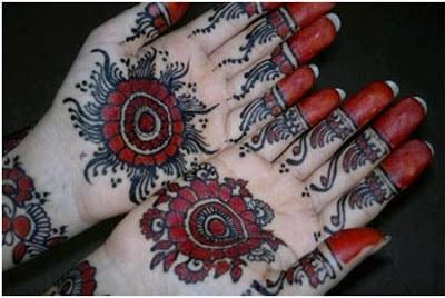 christmas-best-mehndi-designs-on-hands-for-girls-2