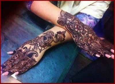christmas-best-mehndi-designs-on-hands-for-girls-6