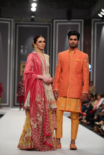 deepak-perwani-bridal-dresses-designs-for-wedding-at-fpw-2016-10
