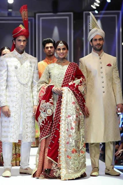 deepak-perwani-bridal-dresses-designs-for-wedding-at-fpw-2016-13