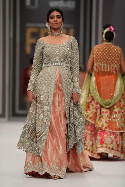 deepak-perwani-bridal-dresses-designs-for-wedding-at-fpw-2016-2