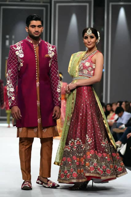 deepak-perwani-bridal-dresses-designs-for-wedding-at-fpw-2016-7