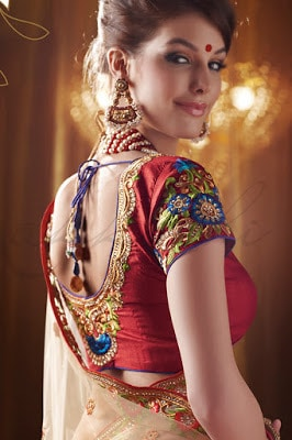 indian-ethnic-wear-blouse-designs-2017-for-silk-sarees-13
