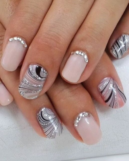 latest-gorgeous-wedding-fake-nail-art-designs-for-bride-7