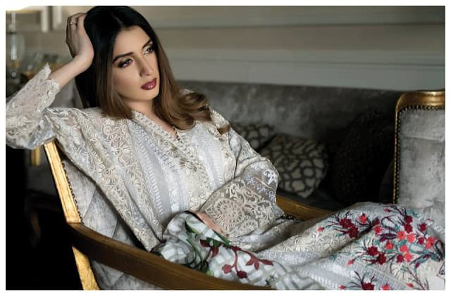 mahiymaan-formals-winter-dresses-for-women-collection-2017-by-Al-zohaib-10
