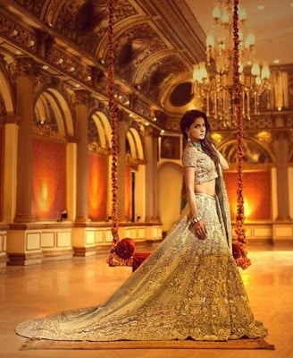 Erum-Khan-nawabzaadi-new-design-bridal-dresses-2017-collection-2