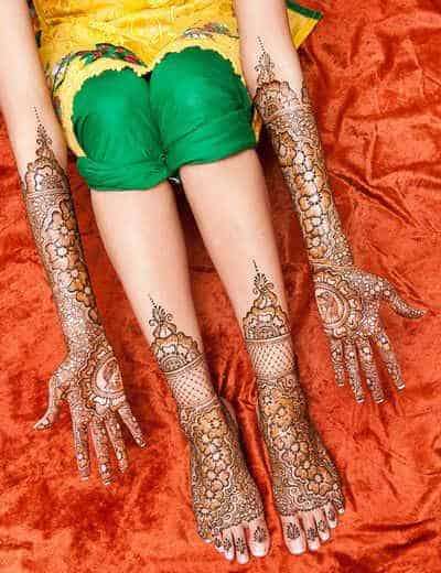 best-and-beautiful-bridal-mehndi-designs-for-full-hands-and-legs-6