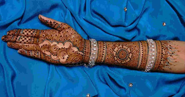 fresh-and-beautiful-bridal-indian-mehndi-designs-for-full-hands-for-wedding-1