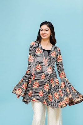 nisha-chic-and-trendy-winter-wear-dresses-collection-2017-by-nishat-6
