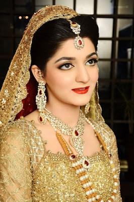 ather-shahzad-signature-bridal-makeup-and-perfect-hair-styles-7
