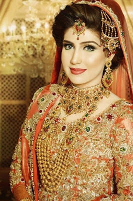 ather-shahzad-signature-bridal-makeup-and-perfect-hair-styles-9
