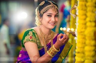 Indian-pattu-blouse-designs-for-silk-sarees-2017-for-women-6