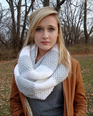How to wear Infinity Scarf Crochet Pattern