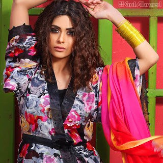 Latest-gul-ahmed-summer-lawn-prints-2017-collection-for-girls-12