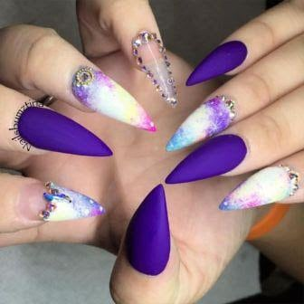 stiletto-nail-designs-that-will-brighten-up-your-day-5