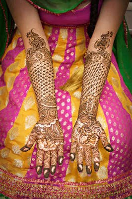 best-indian-bridal-henna-designs-for-hands-with-images-5