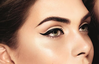Apply-different-style-and-fashion-of-kajal-perfectly-11