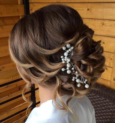 Beautiful-bridal-updo-hairstyles-to-showcase-your-personality-2