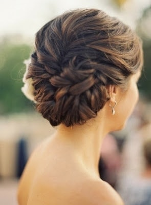Beautiful-bridal-updo-hairstyles-to-showcase-your-personality-4