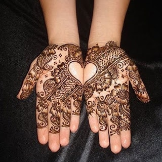 Easy-heart-shaped-mehndi-designs-images-for-hands-10