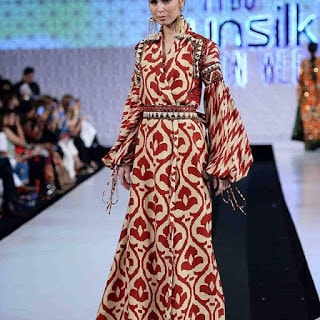 Khadi-khas-collection-at-pfdc-sunsilk-fashion-week-2017-15