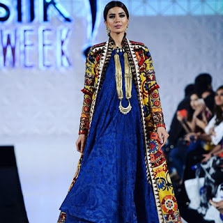 Khadi-khas-collection-at-pfdc-sunsilk-fashion-week-2017-2