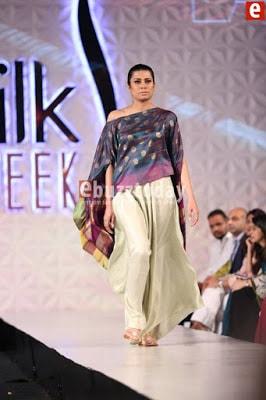 Misha-lakhani-caravan-collection-at-pfdc-sunsilk-fashion-week-2017-2