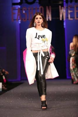 Sana-safinaz-collection-2017-at-sunsilk-fashion-week-10