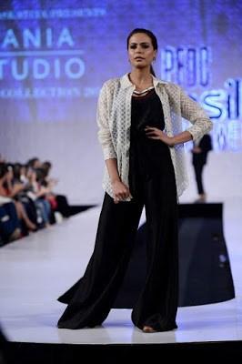 Sania-maskatiya-cruise-collection-pfdc-sunsilk-fashion-week-2017-1