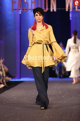 Sapphire-collection-totem-at-pfdc-sunsilk-fashion-week-2017-11
