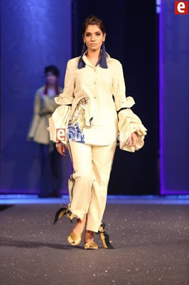 Sapphire-collection-totem-at-pfdc-sunsilk-fashion-week-2017-13