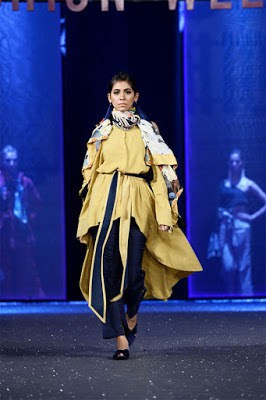 Sapphire-collection-totem-at-pfdc-sunsilk-fashion-week-2017-8