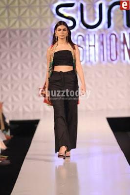 So-kamal-collection-2017-at-pfdc-sunsilk-fashion-week-11