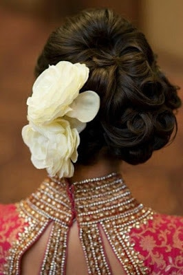 Stylish-indian-bridal-hairstyles-that-perfect-for-wedding-5