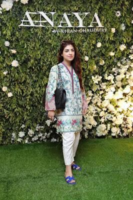 Anaya-by-kiran-chaudhry-eid-collection-2017-luxury-women-dresses-8