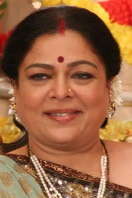 Bollywood-favourite-mom-reema-lagoo-dies-at-59-of-cardiac-arrest-1